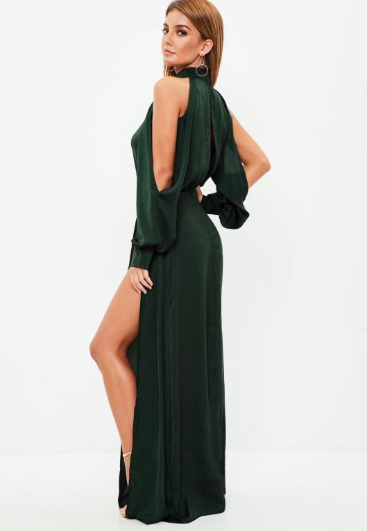 robe-longue-verte--manches-fendues